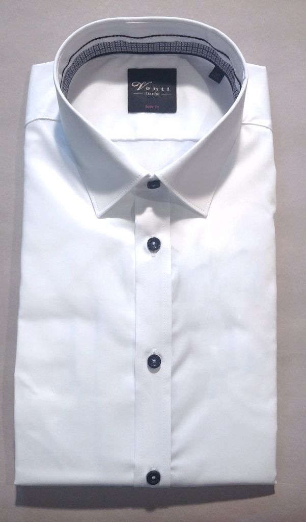 chemise blanche opposition gris